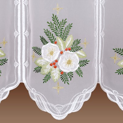 Winter-Scheibengardine Christrose Detailansicht Stickerei