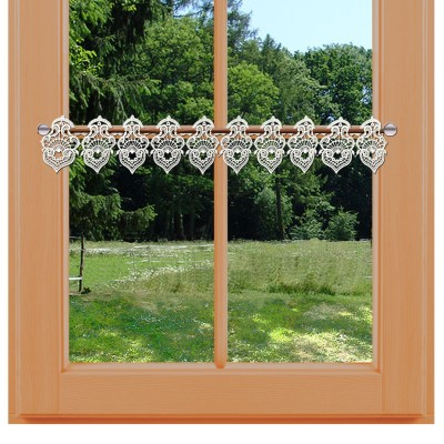 Feenhaus-Spitzenkante Sally 11 cm am Fenster