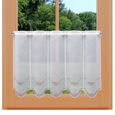 Stickerei-Scheibengardine Amely 45 cm an einem Sommer-Fenster
