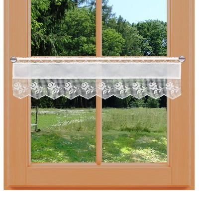 Feenhaus-Landhaus-Spitzengardine Lina kurz am Fenster