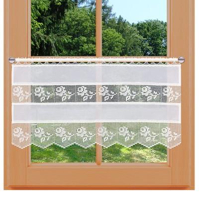 Feenhaus-Landhaus-Spitzengardine Lina mittellang am Fenster