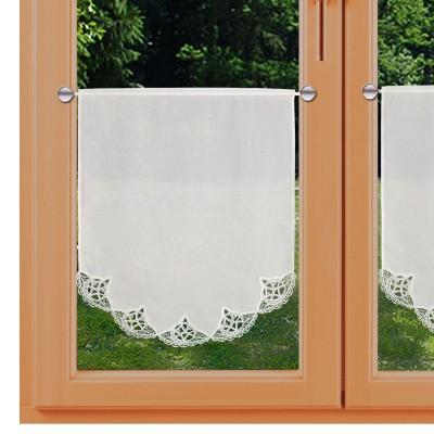 Spitzen-Scheibengardinenhänger Romina klein am Fenster