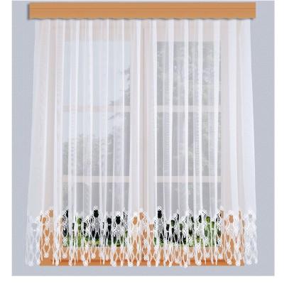 Sockel-Store Samila weiß am Fenster grau