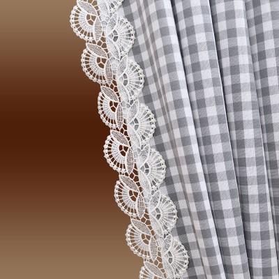 Dekoschal-Set Hannah grau-weiß kariert mit Plauener Spitze Detailbild