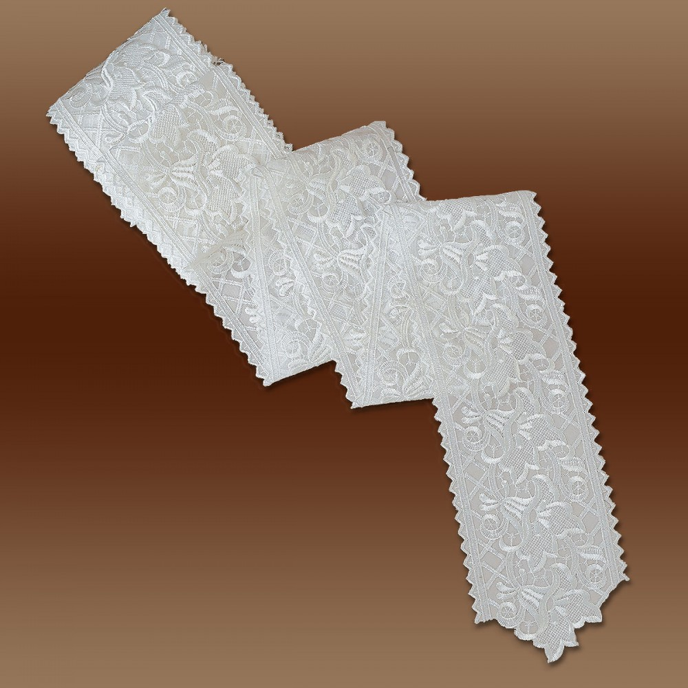 Spitzenband Tischband Blumenmuster weiß