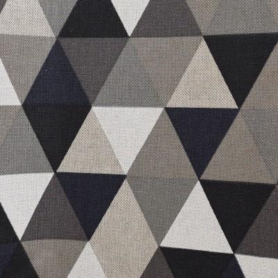 Ösenschal Hedda in Leinenoptik geometrischem Muster Dreiecke Stoffmuster