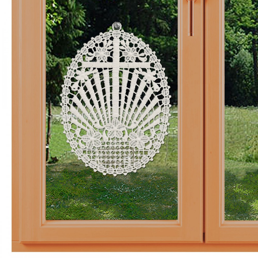 Kreuz mit Strahlen Klassisches Fensterbild am Fenster