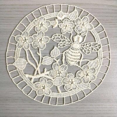 Dekorino Kirschblüten mit Biene echte Plauener Spitze