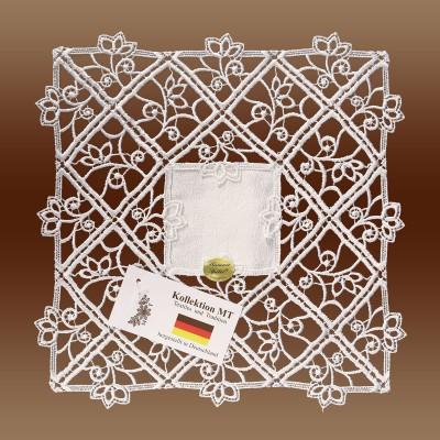 Feines Deckchen Sissi quadratisch natur
